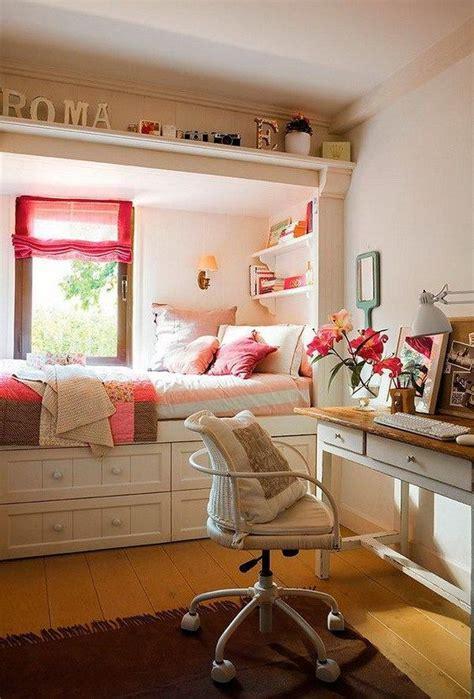 small teen bedroom ideas 25 best ideas about small teen bedrooms on pinterest 17347   04b7071c2826649c7c82593fe97b926d
