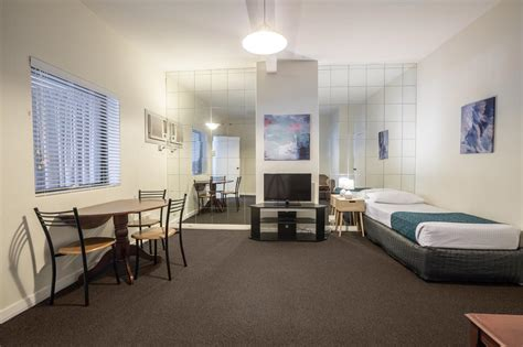 A rental apartment unit in this city is on average $2,320. One Bedroom Apartment - Greenways Serviced Apartments