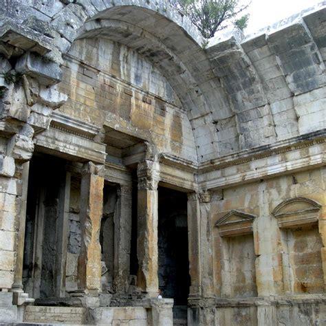 temple de diane n 238 mes languedoc roussillon ruins in provence temples
