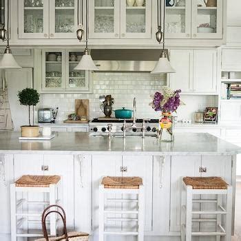 Kitchen Island Corbels Design Ideas
