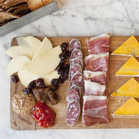 build  meat  cheese board   size party