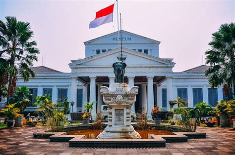 places    visit  jakarta indonesia hand