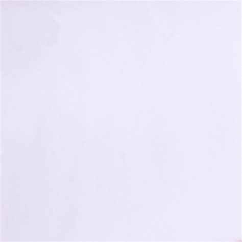 background kanvas polos putih