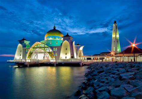 Malaysia Attractions For Holidays