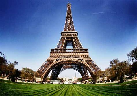 Paris' Most Visited Tourist Attractions By Puru Tripoto