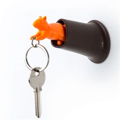 boutique ustensile cuisine porte clefs mural avec patère ecureuil accessoires porte clés et petits accessoires design