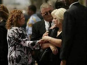 Anna Nicole Smiths Funeral - YouTube