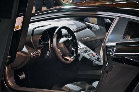Lamborghini Aventador Interior.jpg