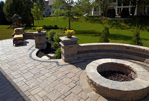 Uniblock Wall by Brick Paver Patio For Home Brick Pit With Brick