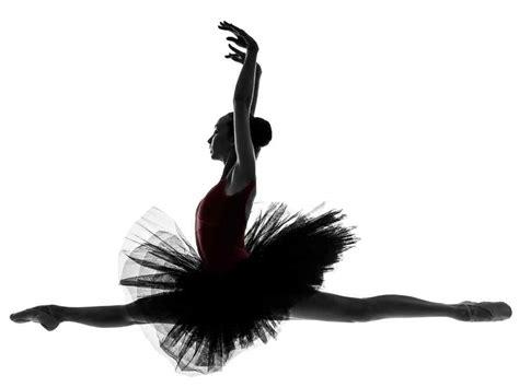 电影《黑天鹅》天鹅湖芭蕾舞蹈桌面影视壁纸4 -桌面天下(Desktx.com)