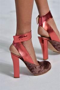 Sandalen Sommer 2015 : delpozo at new york fashion week fall 2015 schuhe ~ Watch28wear.com Haus und Dekorationen