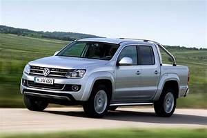 Pick Up Vw : vw prices amarok pickup truck from 16 995 in the uk carscoops ~ Medecine-chirurgie-esthetiques.com Avis de Voitures