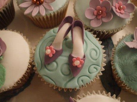 cupcake decorating ideas for beginners cupcake decorating for beginners cake goodie decorating pinterest