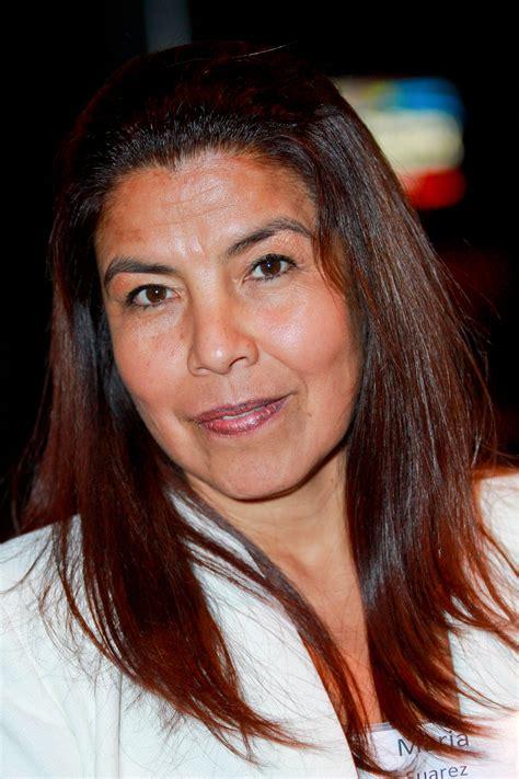 mi amor gala unites leaders   hispanic  hollywood