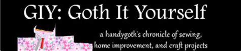 giy goth it yourself kitchen makeover diy trash bin giy goth it yourself kitchen makeover diy trash bin