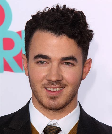 Kevin Jonas Hairstyles for 2018   Celebrity Hairstyles by