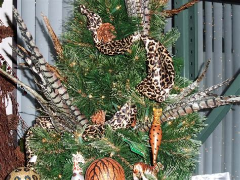how much ribbon for a christmas tree tip of the day how much ribbon do you need to decorate a tree shinoda design center