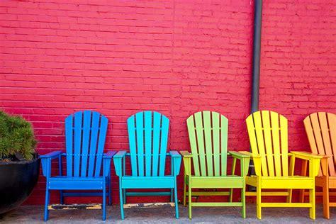 une chaise peindre une chaise en bois atlub com