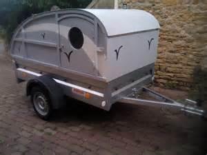 Armoire Suspendue Pour Tente Roulotte by Mini Caravane Sur Remorque L 233 G 232 Re 500 Kg Youtube