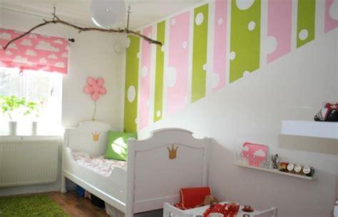 Kinderzimmer Mädchen Wandfarbe by Wandfarben Kinderzimmer M 228 Dchen Gr 252 N Rosa Streifen Punkte