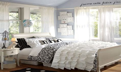 Black And White Bedroom by Stylish Bedroom Black And White Bedroom Black And