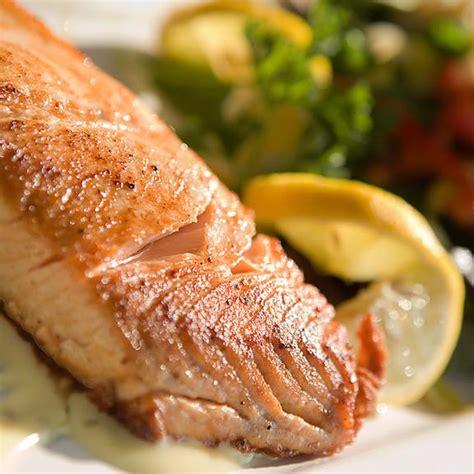 cuisiner saumon frais menu de noël les différentes façons de cuisiner le
