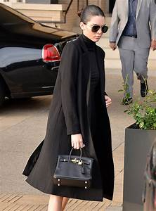 in praise of kendall jenner 39 s tiny hermès birkin purseblog