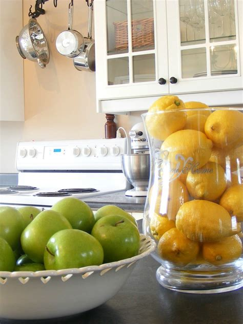 Small Kitchen Decorating Ideas For Home Staging
