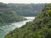 File:Niagara River 1 db.jpg - Wikimedia Commons