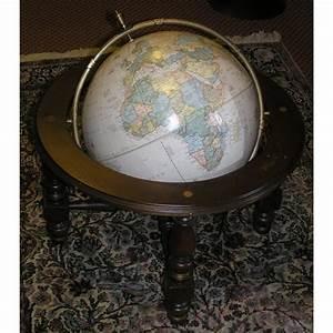 Globe Terrestre Sur Pied : globe terrestre sur pieds mappemonde sur moinat sa antiquit s d coration ~ Teatrodelosmanantiales.com Idées de Décoration