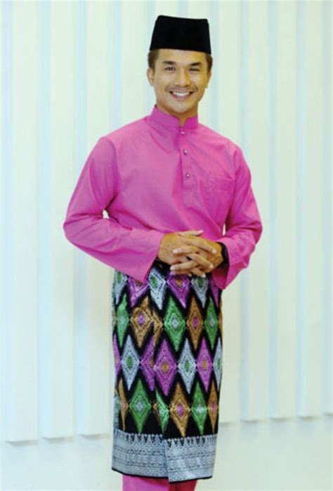 131 best about traditional costume on