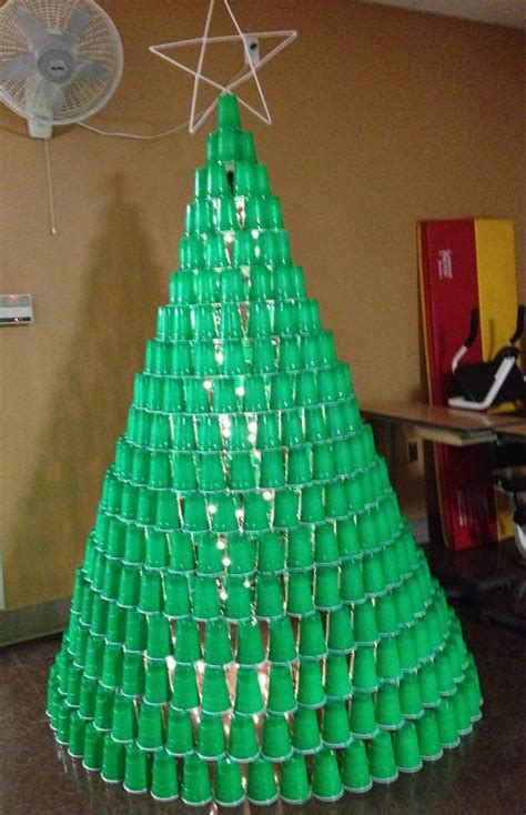 plastic cups christmas tree 1000 ideas about cup on cup pong and 21st birthday