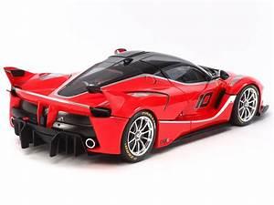 Ferrari Fxx K Prix : ferrari fxx k 2015 1 24 by tamiya ~ Medecine-chirurgie-esthetiques.com Avis de Voitures