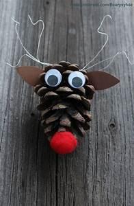 Pom De Pin Sallanches : petit renne pomme de pin bricolage enfant http ~ Premium-room.com Idées de Décoration