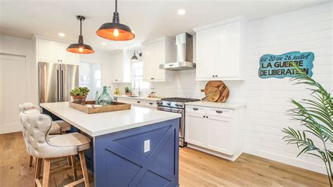 ray romano pays    remodeled ranch house