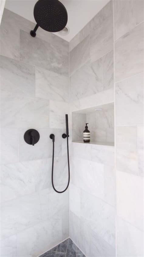 Copper Rust Slate Tile Bathroom