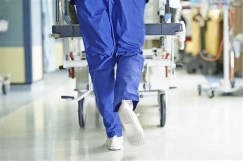 top   shoes  nurses reviewed  footwind