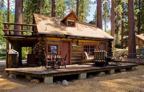 Log Cabin Tiny Houses Styles