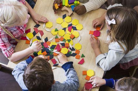 rassurer  enfant qui entre en maternelle pratiquefr