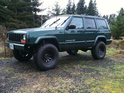 cherokee jeep 2000 rangerdanger69 2000 jeep cherokeeclassic sport utility 4d