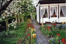 Kleingarten Leipzig Pachten : garten mit bungalow in leipzig taucha zu verkaufen in taucha bei leipzig von privat ~ Whattoseeinmadrid.com Haus und Dekorationen