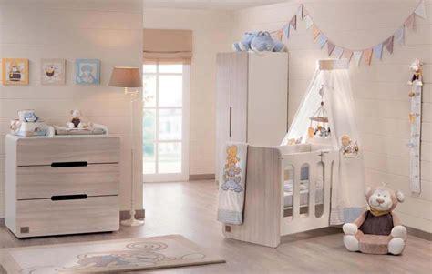 décoration pour chambre bébé déco chambre bébé le voilage et le ciel de lit magiques