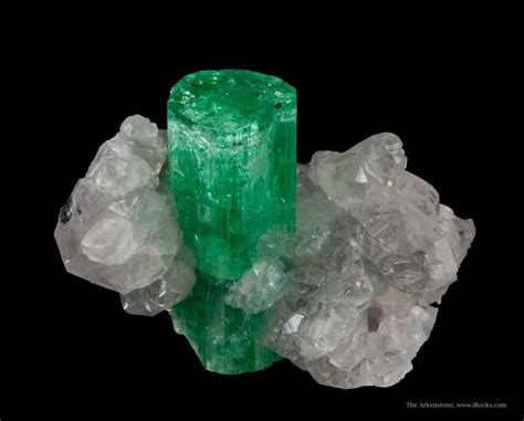 totally stunning emerald  calcite colombia irocks