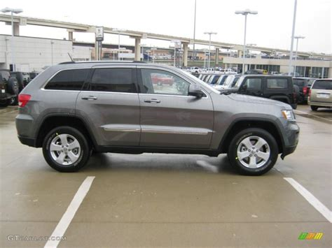 dark gray jeep grand cherokee 2011 mineral gray metallic jeep grand cherokee laredo x