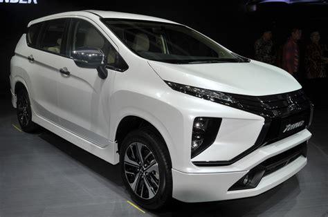 Mitsubishi Xpander Limited Backgrounds by 2017 Mitsubishi Xpander Debuts In Indonesia Autocar India
