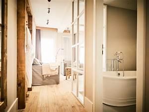 Til Schweiger Hotel : wohnen wie im urlaub das barefoot hotel von till schweiger flur von barefoot living ~ Markanthonyermac.com Haus und Dekorationen