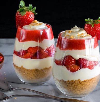 dessert leger aux fraises d 233 couvrez le parfait 224 la fraise un dessert l 233 ger d 233 licieux et incroyablement simple 224