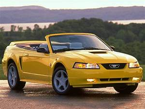 1999 Ford Mustang GT 2dr Convertible Reviews, Specs, Photos