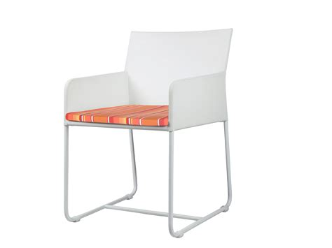 chaise luge zudu chaise luge by mamagreen design vincent cantaert