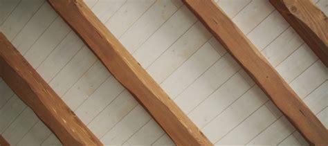 pose de lambris plafond la pose de lambris au plafond